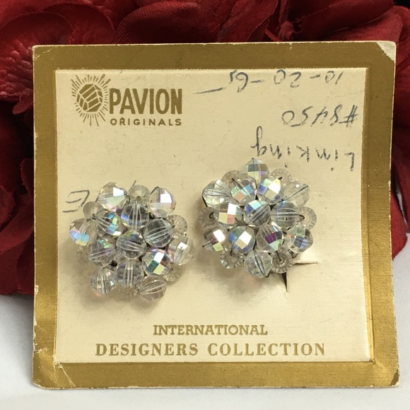 Vintage Jewelry - Vintage AB Cluster Clip-on Earrings